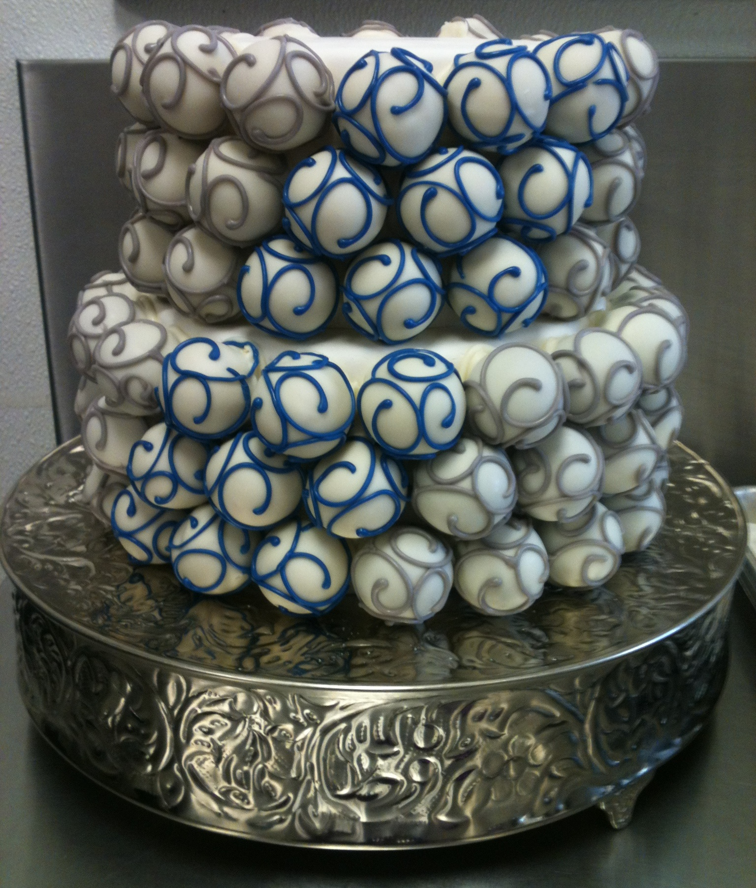grey-and-blue-cake-ball-cake.jpg